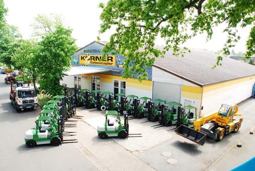 Bild 1 K�rner GmbH, W. Gabelstapler in Schw�lper
