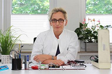 Bild 3 Bruns-Matthie�en Brigitte u. Christiane Hurel in Bremen