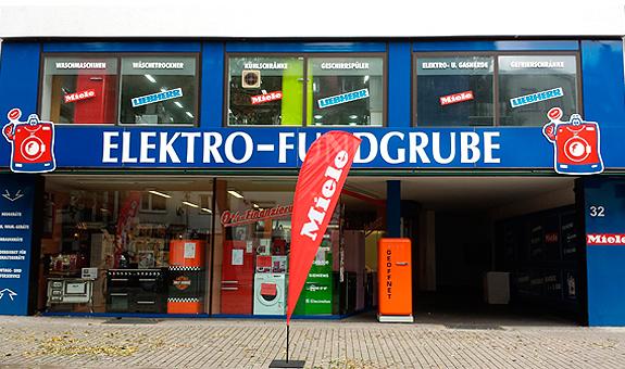Bild 1 Elektro-Fundgrube in Hannover
