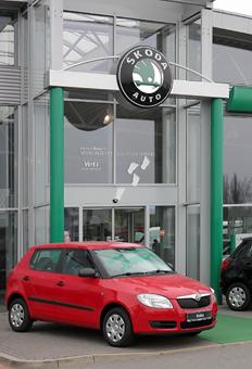 Bild 1 Autohaus Kühl GmbH & Co. KG Volkswagen & Skoda Zentrum Hildesheim in Hildesheim