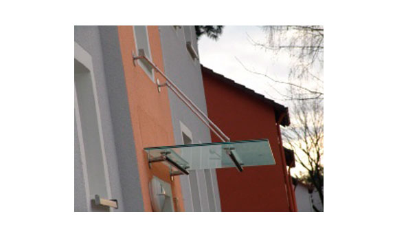 Bild 1 TUS Metallbau in Paderborn