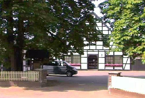 Bild 1 Kosuch H. Dr. u. Partner%/Tierärztliche Klinik in Steyerberg