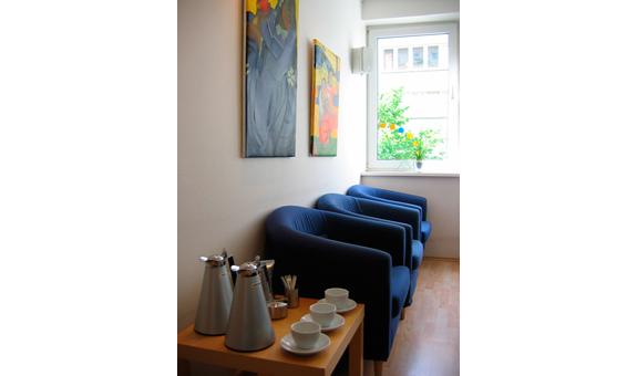 Bild 1 Diegmann-Krone Claudia Dr. & Ulrike Schur in Hannover