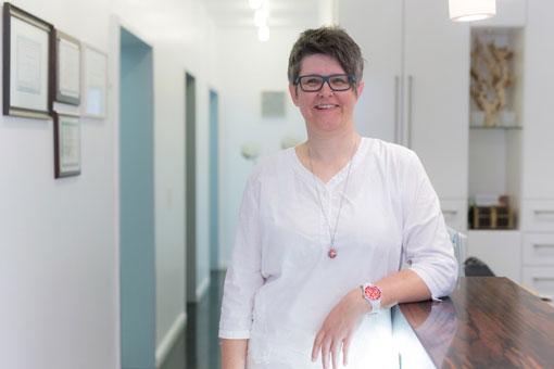 Katharina Friese, Verwaltung