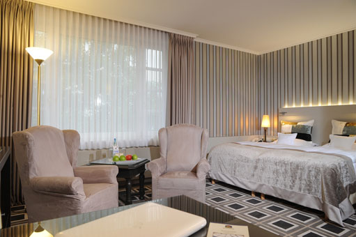 Bild 1 BEST WESTERN PREMIER Parkhotel Kronsberg in Hannover