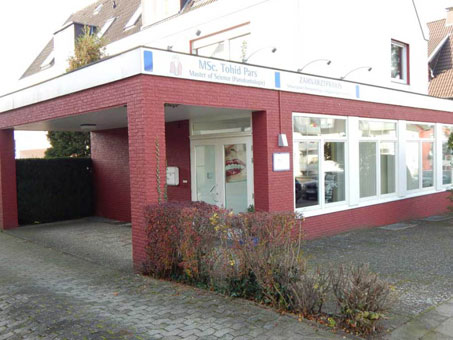 Bild 8 Tohid Pars, Zahnarzt  Implantologie   Parontologie in Bielefeld