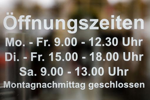 Raumausstatter Oldenburg raumausstatter tempel 26125 oldenburg etzhorn öffnungszeiten