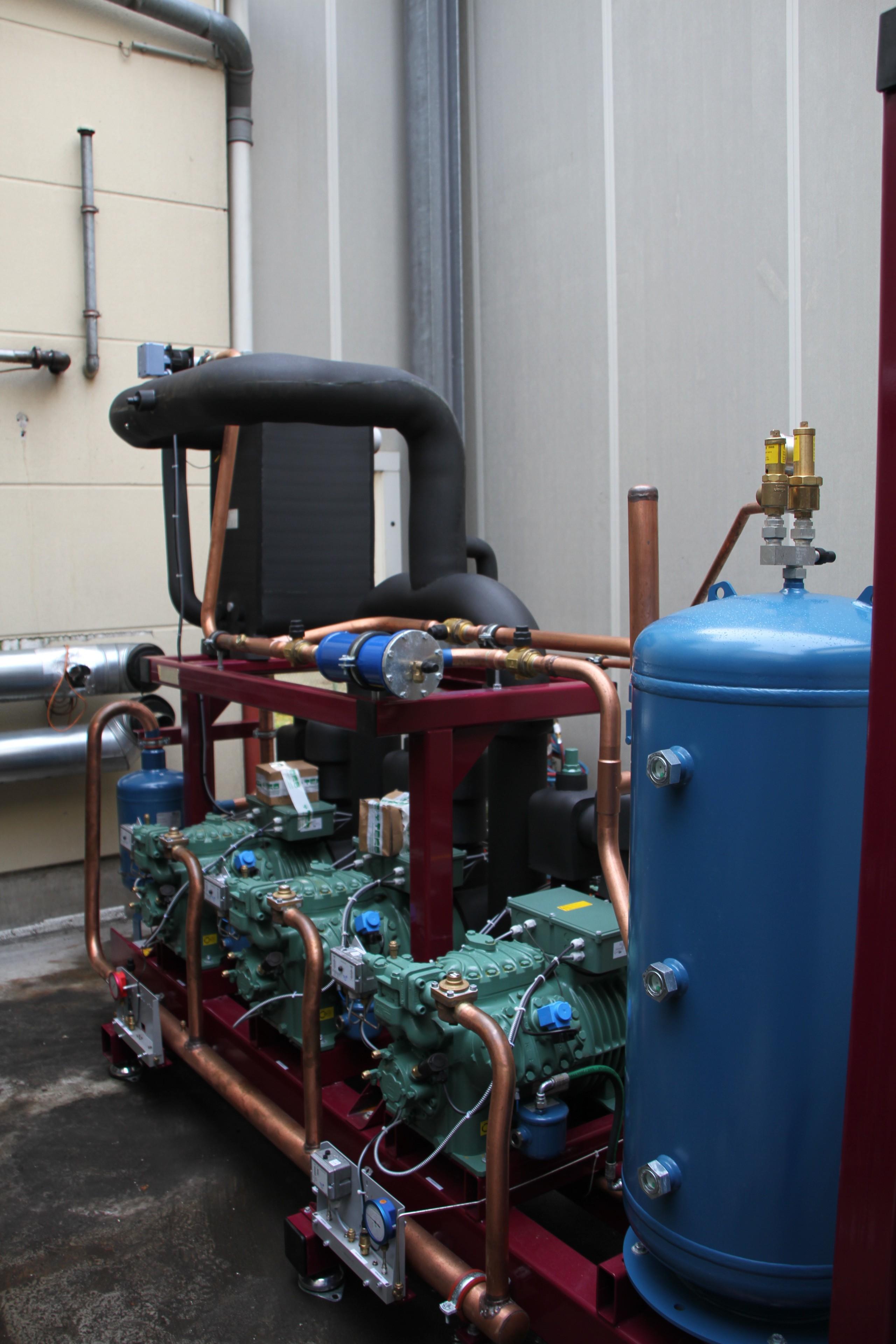 Bild 4 B & H Gewerbe- und Klimakälte GmbH in Langenhagen