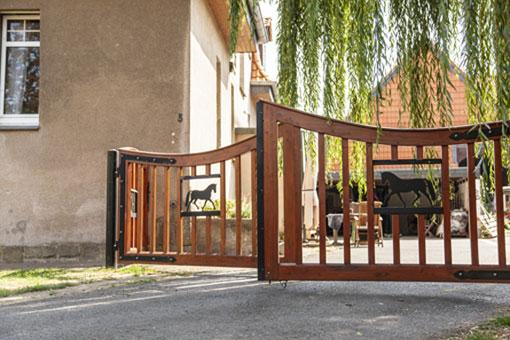 Bild 1 Reiter & Pferd Reitsportfachgeschäft + Sattlerei Hendrik Herrmann in Salzgitter