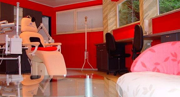 beauty tempel eberle 76530 baden baden innenstadt ffnungszeiten adresse telefon. Black Bedroom Furniture Sets. Home Design Ideas