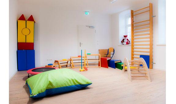 Bild 1 Päch Jeannette Praxis für Ergotherapie und Logopädie Im Torbogenhaus Schloss Schönefeld in Leipzig